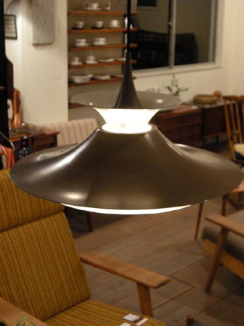 Pendant Light (DENMARK)_c0139773_19381610.jpg
