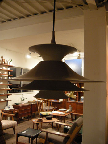 Pendant Light (DENMARK)_c0139773_1939652.jpg