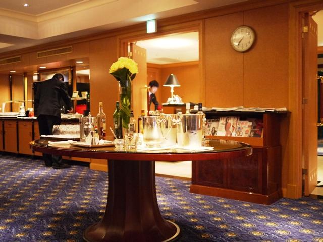 THE WESTIN TOKYO Executive Club _a0127090_2121515.jpg