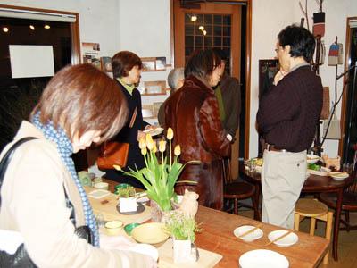 個展初日はお料理の日。_a0026127_17393748.jpg