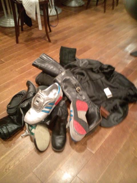 ありがとうございました!最後は何故か靴を脱いで(笑)_b0032617_11411597.jpg