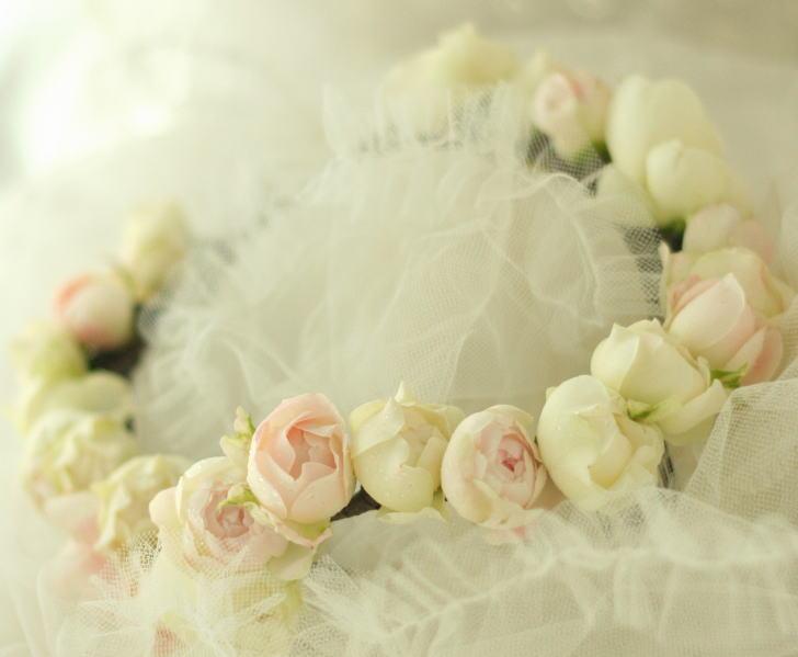 花冠~クラウン バラの花で _a0042928_21192585.jpg