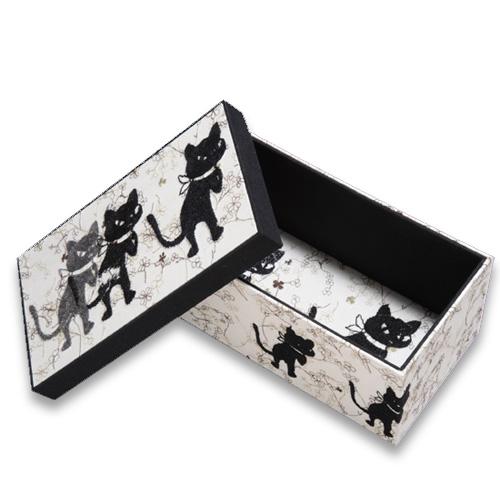 クロッチがカルトナージュの箱とノートになりました!_f0193056_1372840.jpg
