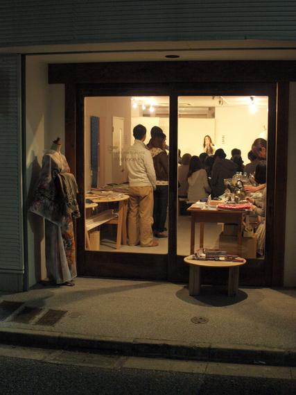 東京展のことと新聞に載せてもらうこと_d0051613_22374355.jpg