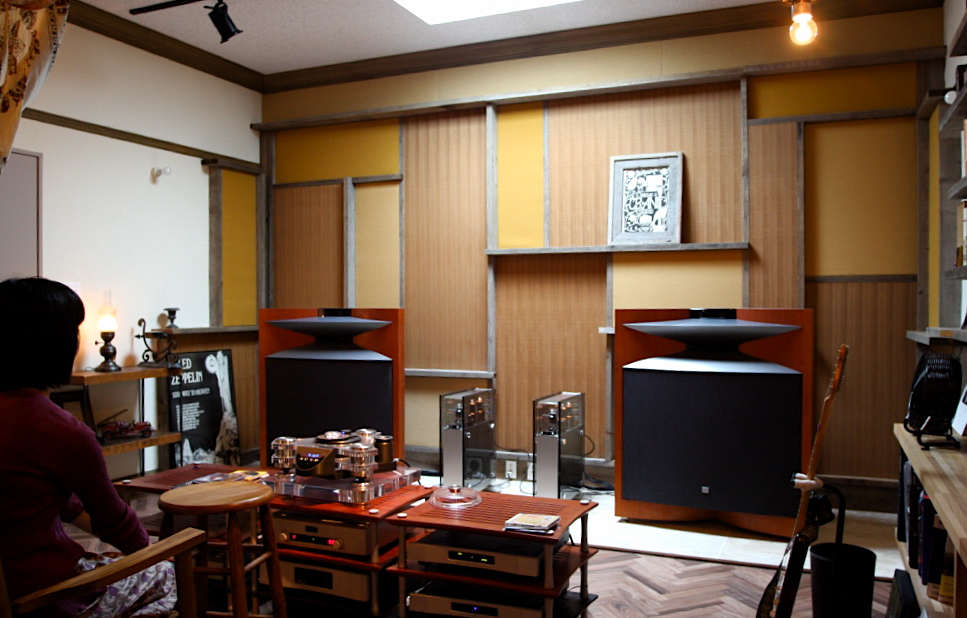 「鶴ヶ島のスタジオ」2F HI-END AUDIO listening room_f0230666_2011958.jpg