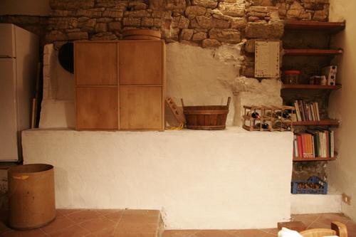 ニタモノドウシ~キッチンの棚作り_f0106597_2053093.jpg