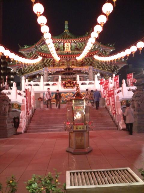 ◎中華街は何故、横浜に存在するのか?!・・・おすすめ店、おしえてください♪_b0032617_2045946.jpg