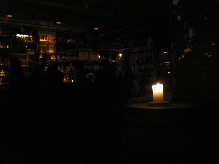 ニューヨークの人気レストラン La Esquina_e0131324_7271424.jpg