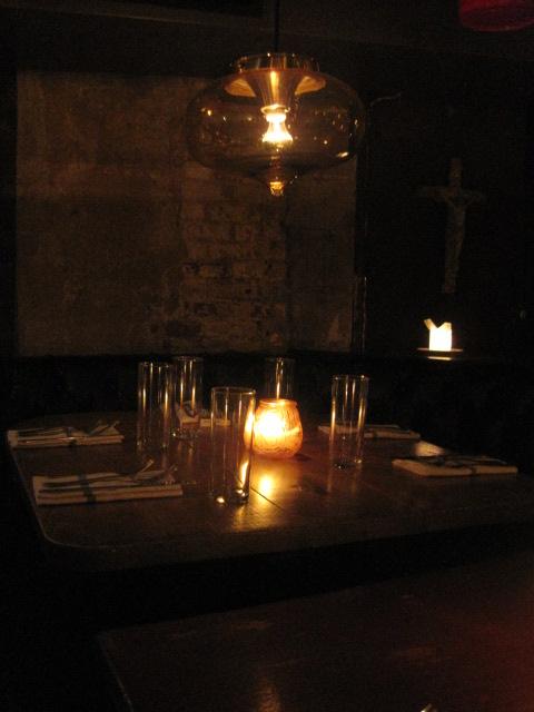 ニューヨークの人気レストラン La Esquina_e0131324_7351277.jpg