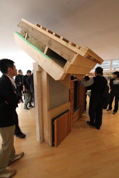 '10オーストリア・スイスのパッシブハウス・木造多層階研修2_e0054299_9113572.jpg
