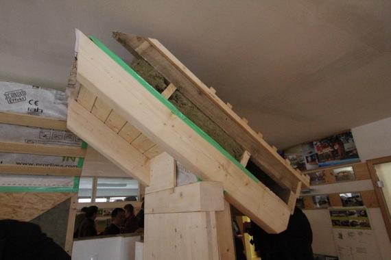 '10オーストリア・スイスのパッシブハウス・木造多層階研修2_e0054299_913268.jpg