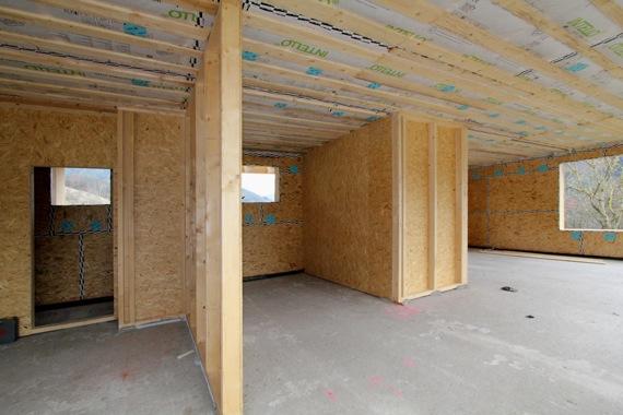 '10オーストリア・スイスのパッシブハウス・木造多層階研修4_e0054299_15135843.jpg