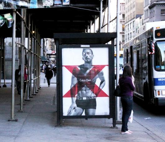 ニューヨークの街角で見かけたパンツ姿の中田英寿さん_b0007805_23491791.jpg
