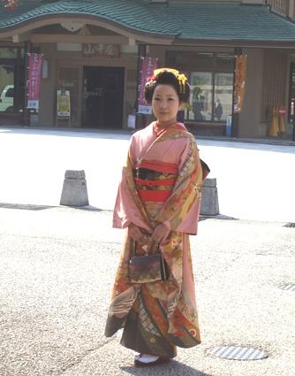 山中座 春・桜の装い_f0040218_15112190.jpg
