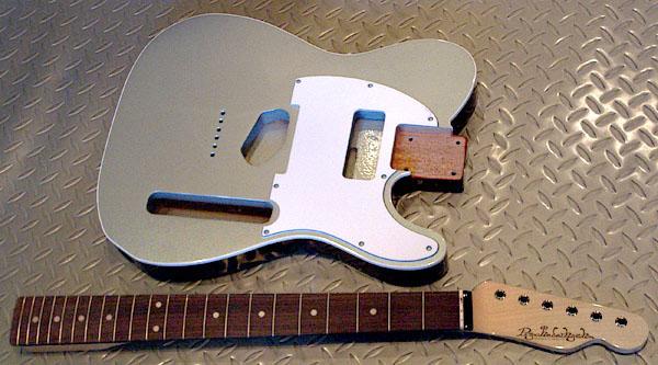 店頭販売用の「Moderncaster T #016」の塗装が完了!_e0053731_19342176.jpg