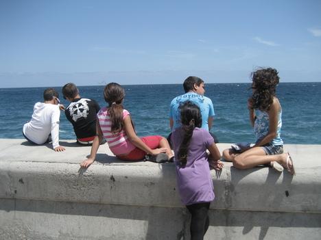ハバナ/週末の海岸通り_a0103940_4302222.jpg