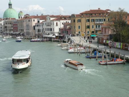 Italy ヴェネチア水の都_e0195766_1756021.jpg