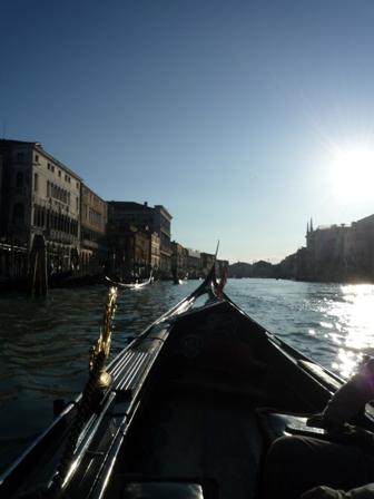 Italy ヴェネチア水の都_e0195766_1843016.jpg