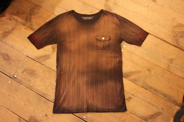 不良には欠かせないTシャツ_d0121303_17213984.jpg