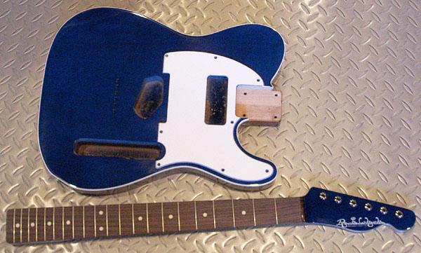 藤田くんオーダーの「Moderncaster T #017」の塗装完了。_e0053731_201396.jpg
