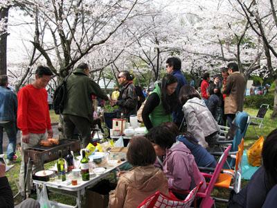 4月4日(日) お花見。_e0034141_1723395.jpg