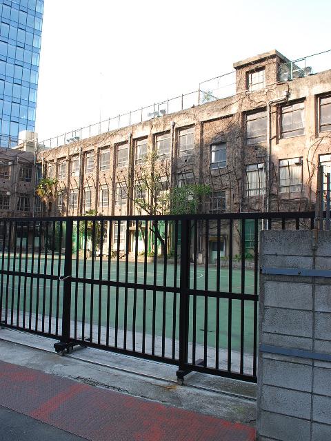 東京都台東区立旧下谷小学校(昭和モダン建築探訪)_f0142606_19131126.jpg