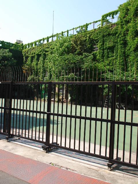 東京都台東区立旧下谷小学校(昭和モダン建築探訪)_f0142606_1985467.jpg