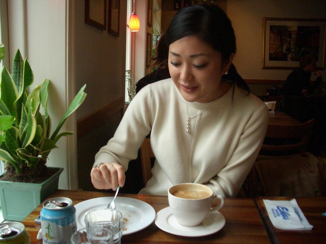 赤レンガの可愛いカフェで一息_a0159707_18251792.jpg