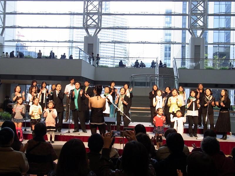 4/4 横浜ライブにて。_b0020723_1839522.jpg