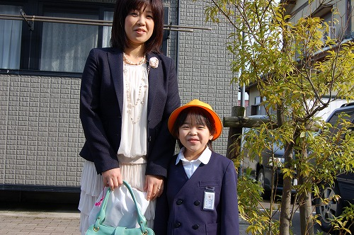 シリーズ うちの長女・長男 【入学式】_b0097729_2305964.jpg