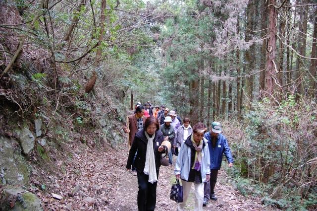 2010年4月度「大人の林間・臨海学校」第1日_c0108460_153935.jpg