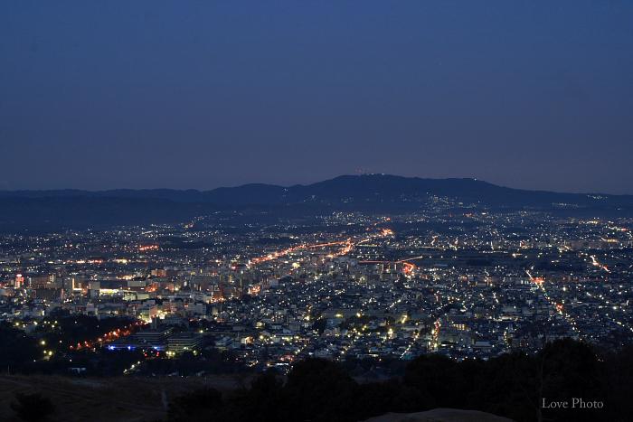 若草山の夜明け_a0116472_9164665.jpg