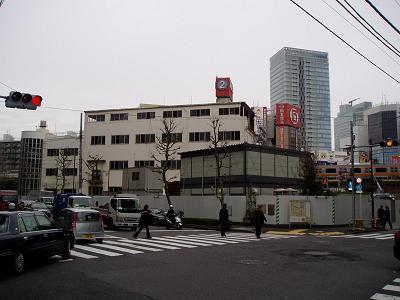 さよなら交通博物館 建物の解体状況(5)_f0030574_13185833.jpg
