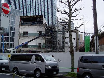 さよなら交通博物館 建物の解体状況(5)_f0030574_1325122.jpg