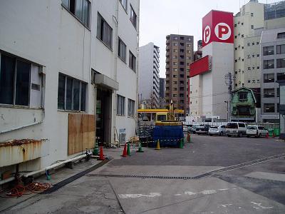さよなら交通博物館 建物の解体状況(5)_f0030574_22213067.jpg