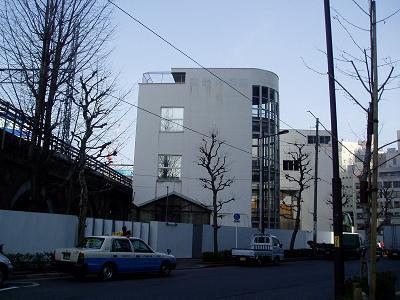 さよなら交通博物館 建物の解体状況(5)_f0030574_22222848.jpg