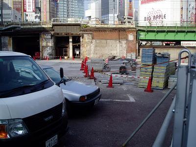 さよなら交通博物館 建物の解体状況(5)_f0030574_2262374.jpg