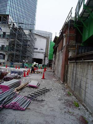 さよなら交通博物館 建物の解体状況(5)_f0030574_227347.jpg