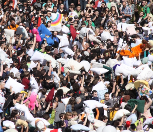 Annual Pillow Fight Day 2010_b0007805_1151337.jpg