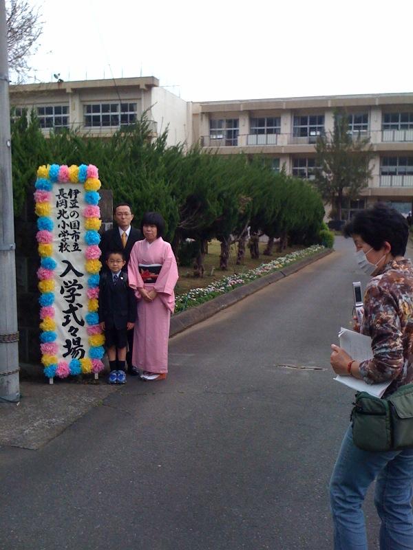 母校入学式にわたしも来賓で出席_b0188106_19381811.jpg