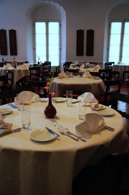 おいしいマカオ・ポルトガル料理♪ ~澳門陸軍倶楽部餐廳 マカオミリタリークラブ~_d0145934_818217.jpg