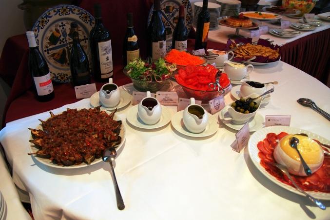 おいしいマカオ・ポルトガル料理♪ ~澳門陸軍倶楽部餐廳 マカオミリタリークラブ~_d0145934_8183274.jpg