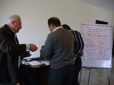 イラク,アンバール、バビル★衛生の正しい知識を伝えるプロジェクト_e0105047_18364547.jpg