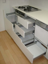 エナメルホワイトでトータルデザイン キッチン+食器戸棚+洗面台_f0222049_14571634.jpg