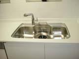エナメルホワイトでトータルデザイン キッチン+食器戸棚+洗面台_f0222049_14585316.jpg