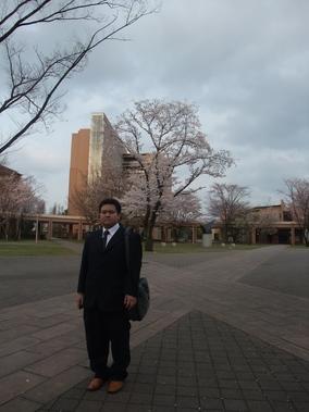 キャンパスを歩く_b0183063_15372155.jpg