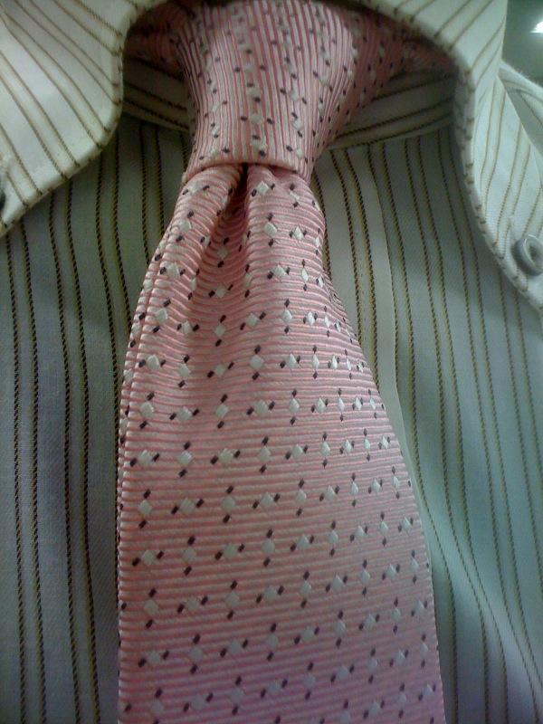 桜色ネクタイ、またはiPhoneからブログ更新実験_c0063905_22194661.jpg
