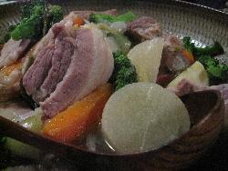柿豚料理会の今年度のしめくくり。_f0018099_0403343.jpg