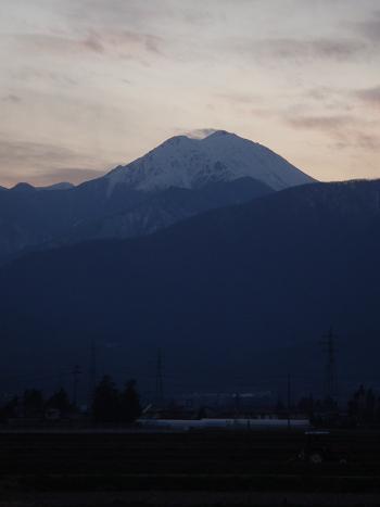夕暮れの冷たい風_a0014840_2255418.jpg