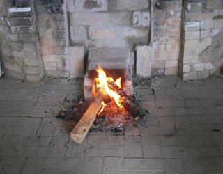 窯に火が入りました!_c0081499_2149845.jpg